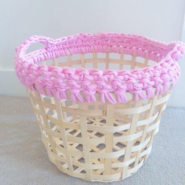 IKEA HACK | T-shirt yarn basket
