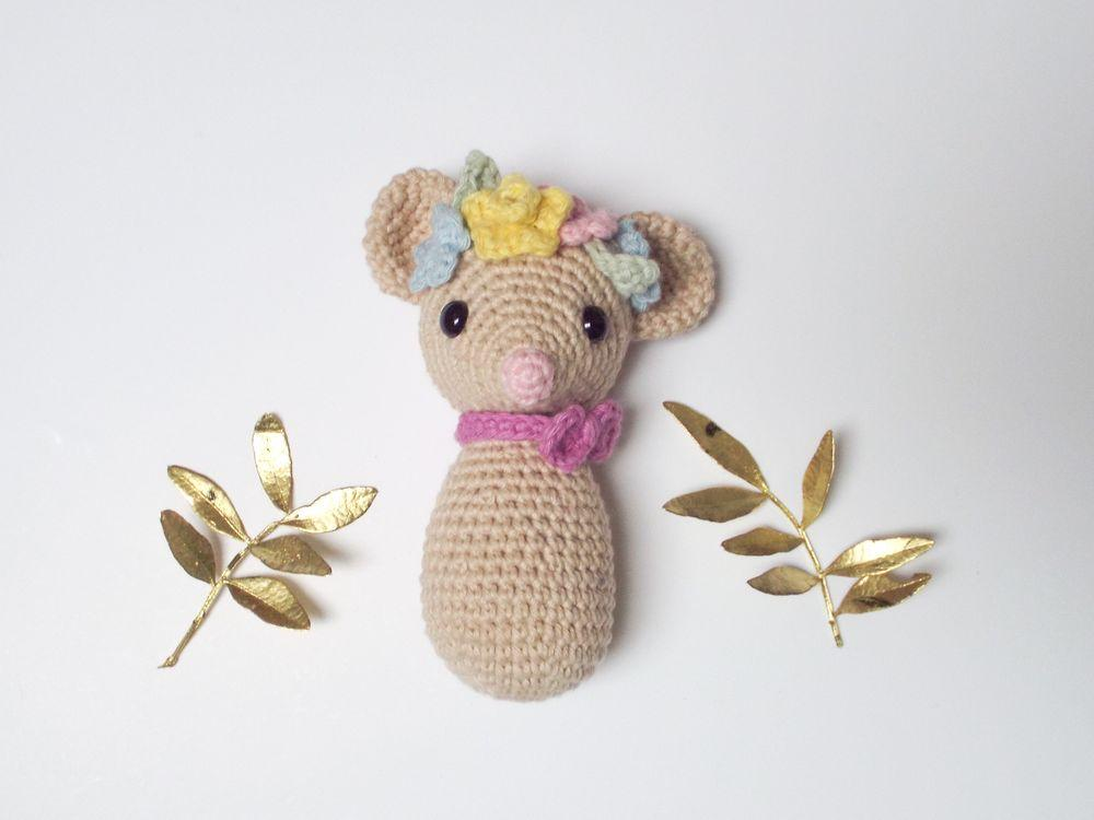 This crochet doll in Minnie Mouse... - Amigurumi Today - Free ... | 750x1000